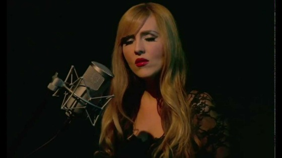 """#FMF FEATURED MUSIC FRIDAY: """"SKYFALL"""" COVER BY HOLLIE LA"""